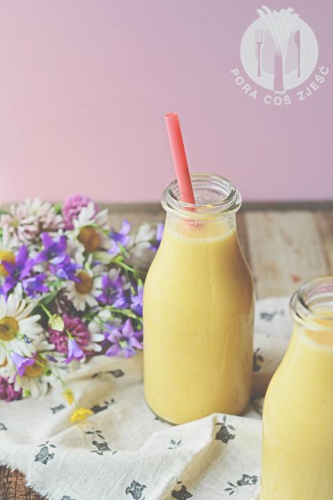Pora coś zjeść - apetyczny blog kulinarny. Proste przepisy i piękne zdjęcia.: Koktajl z pomarańczy i arbuza