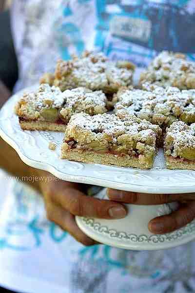 Moje Wypieki | Ciasto kruche z rabarbarem i kruszonką