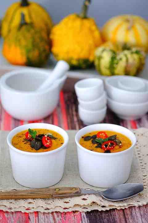 Zupa z pieczonej dyni i pomidorów - Przekąski na Imprezę