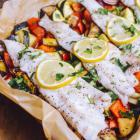 Ryba pieczona na warzywach - Poezja smaku